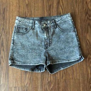 H&M dark wash jean shorts